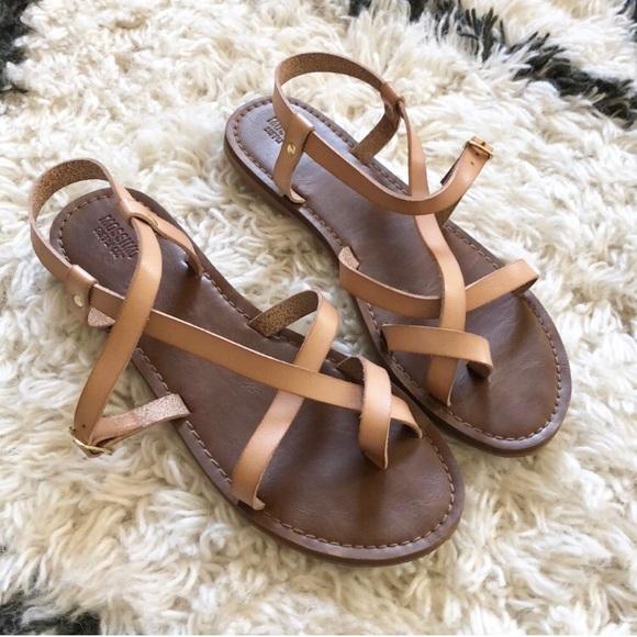 a8a3ffb70b33 Mossimo Strappy Sandals sz 8.5